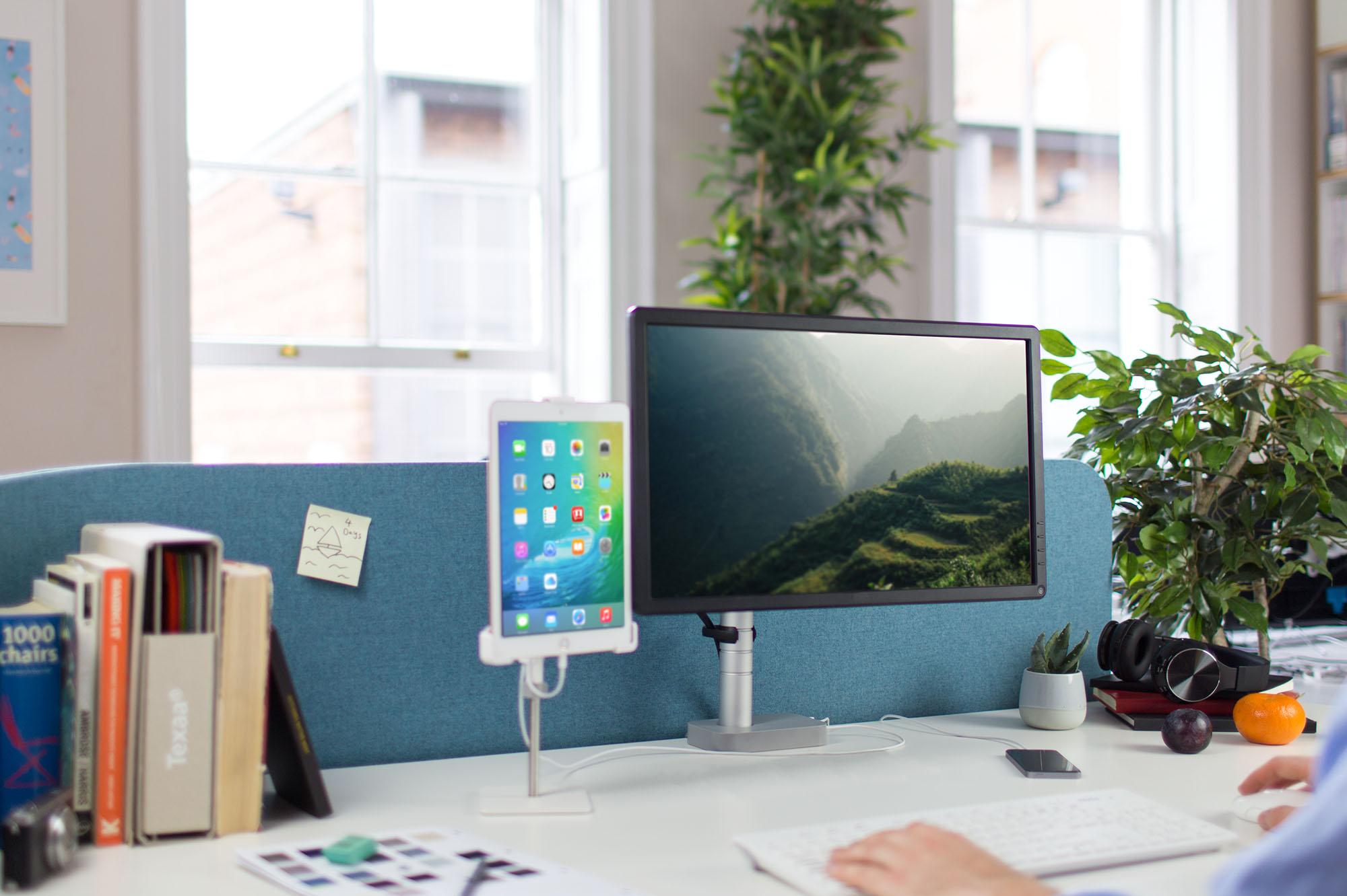 FPH_Desk5_v2
