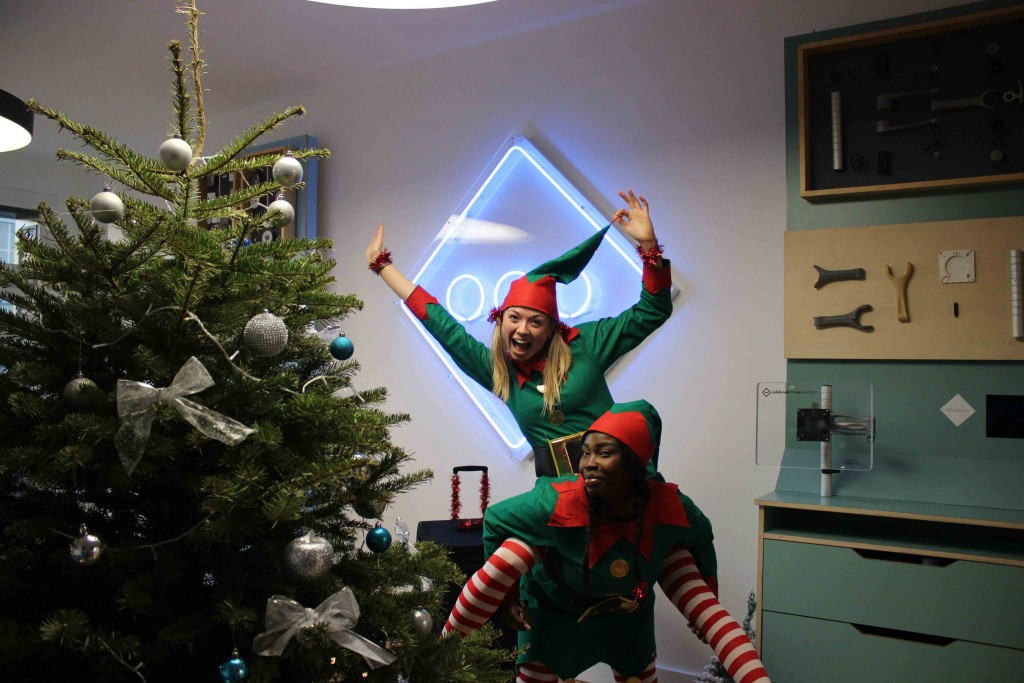 Elfing_About_2019_christmas