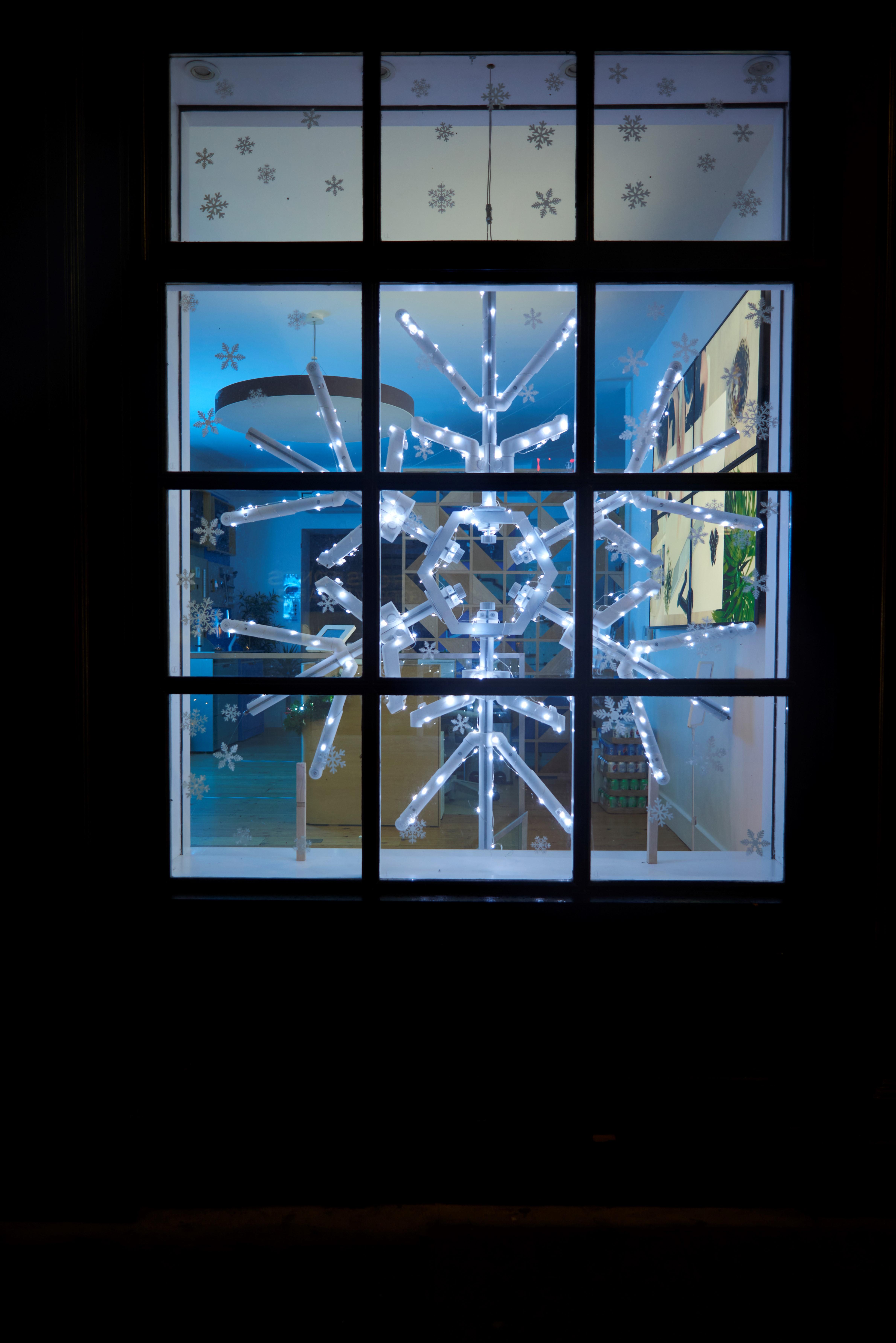 snowflakeweb